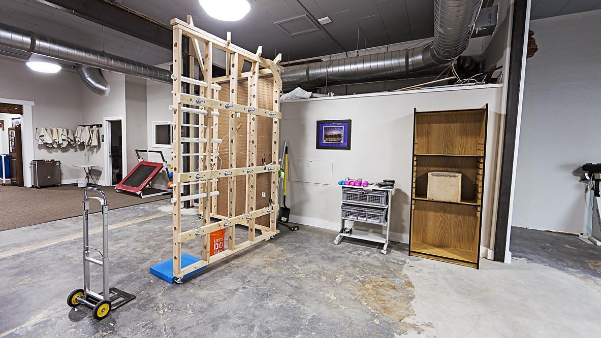 Multifunction workstation industrial rehab